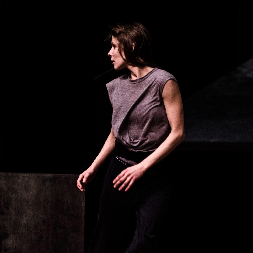 Kathrina Wilke ist Teil des Tanz und Performance Netzwerk Schleswig-Holstein | Foto von Christopher Schmidt