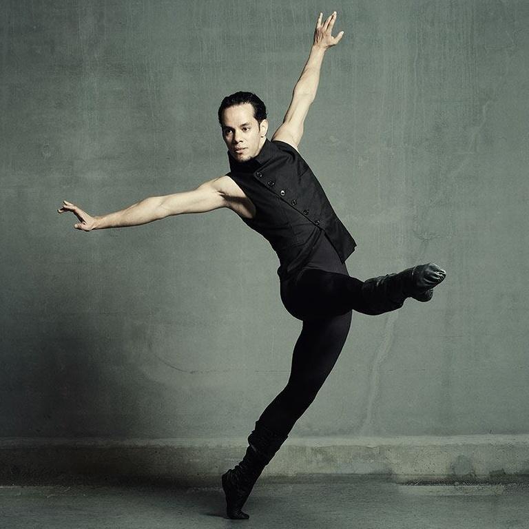 Nikolay Iliev ist Teil des Tanz und Performance Netzwerk Schleswig-Holstein
