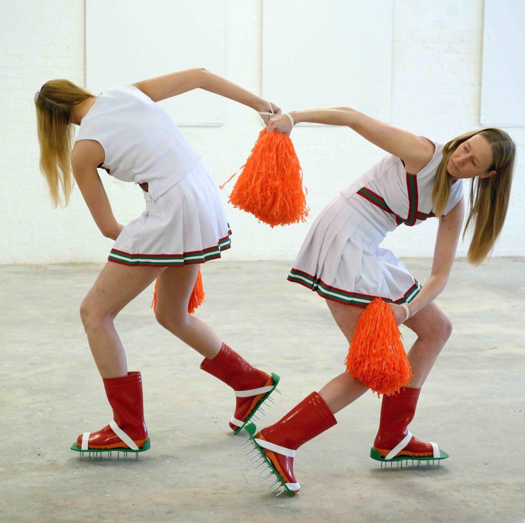 Irina Runge ist Teil des Tanz und Performance Netzwerk Schleswig-Holstein